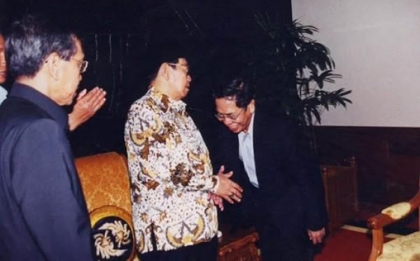 Gus Dur dan Kang Jalal